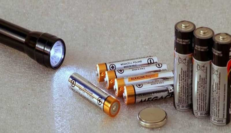 Best AA Batteries for Flashlights